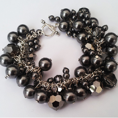 Swarovski cluster bracelet feature