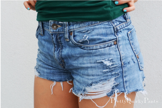 Diy Distressed Cut Off Shorts