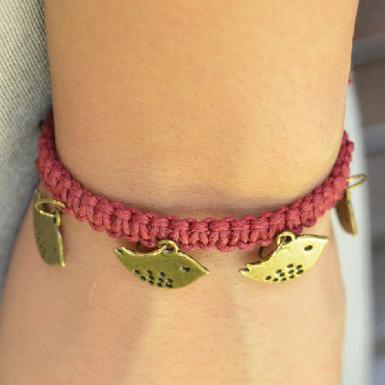 Macrame Charm Bracelet Feature