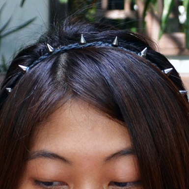 Spike Headband Feature