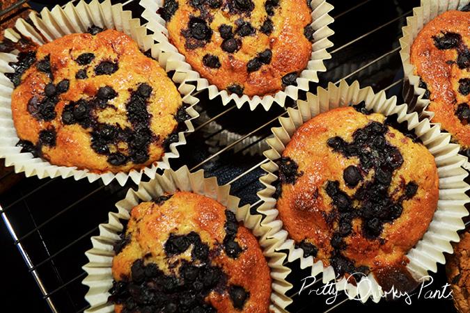 blueberry banana muffins 2