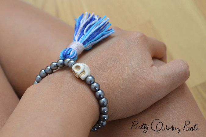 diy stretch bead tassle bracelet feature2