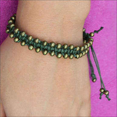 macrame beaded bracelet feature