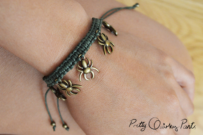 macrame spider bracelet feature2