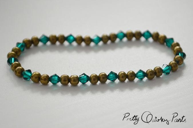 stretch bead bracelet feature